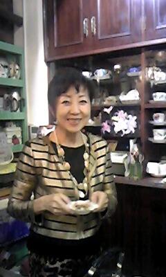 豊田で喫茶ベアトリーチェを34年もやっている1年後輩の中谷理恵ママ